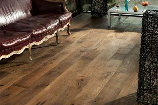oak old venice wide plank flooring rustic-living-room TJTLOQF
