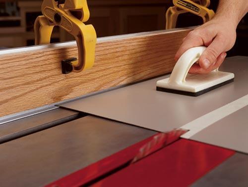 Plastic laminate sheets laminate-cutting auxiliary fence NJRZKFZ