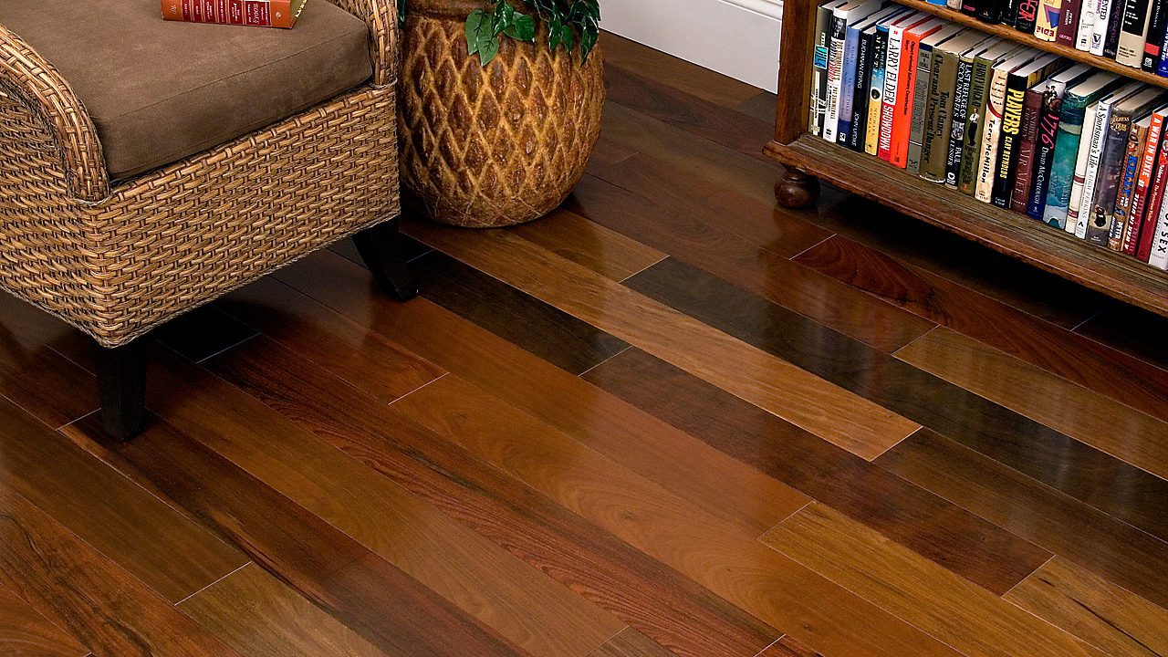 Walnut flooring 3/4 AEROTIL