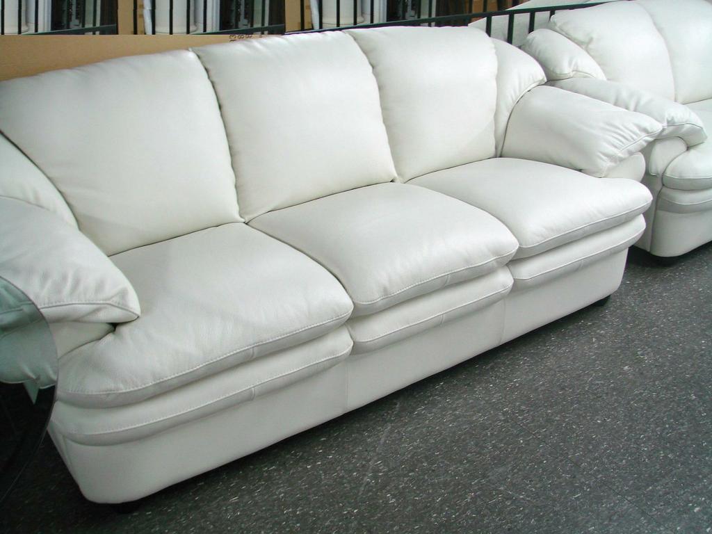 White leather sofa cute white leather sofa ERLERUZ