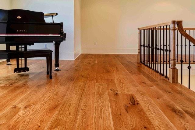 white oak hardwood flooring character_gr_wo_577d69e529f2e KBXIHPI