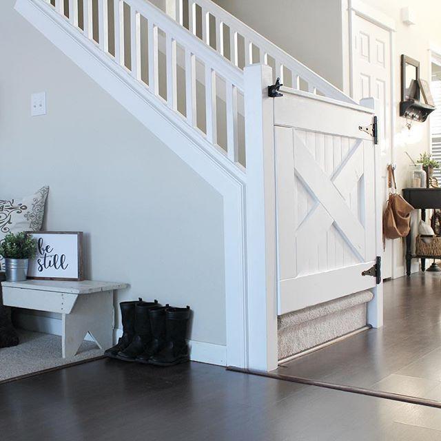 Cute Farmhouse Baby Gate | Home, House, Staircase desi