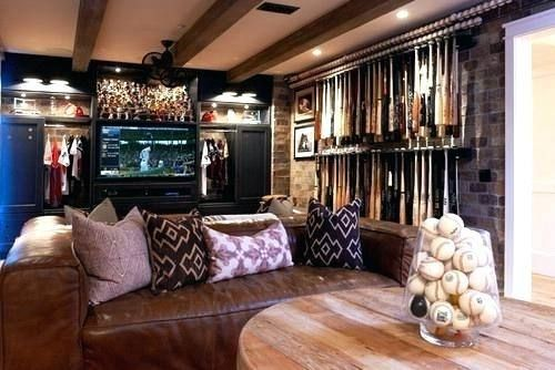 Baseball Room Decor Ideas | Baseball theme room, Eclectic living .