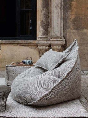 Modern Bean Bags - Ideas on Fot