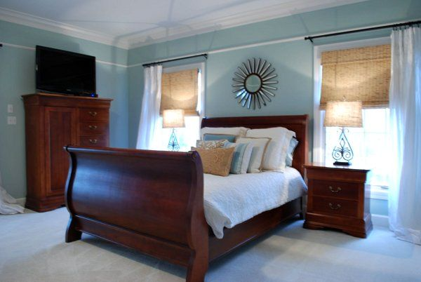 Sweet Chaos Home: Our Home: Master Bedroom | Wood bedroom .