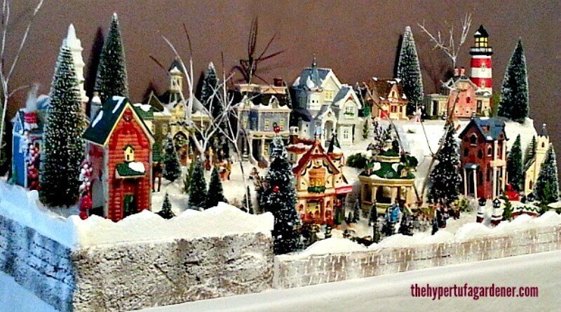 Oh What Fun ! A Miniature Christmas Village Set | The Hypertufa .