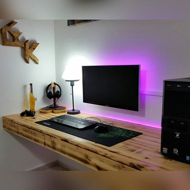 A great setup. 23+ DIY Computer Desk Ideas for Your Home Tags .