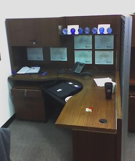 Credenza desk - Wikiped