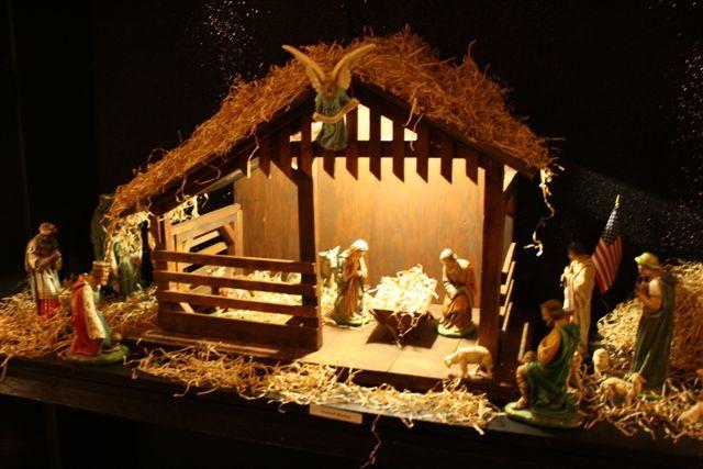 Spirit of Christmas Tour · 365 CINCINNATI   Christmas nativity .