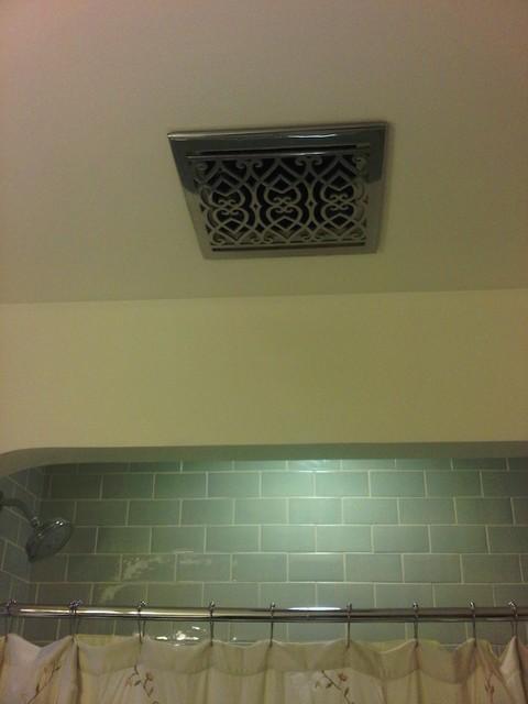 Decorative Bathroom Ceiling Fans - Image of Bathroom and Clos