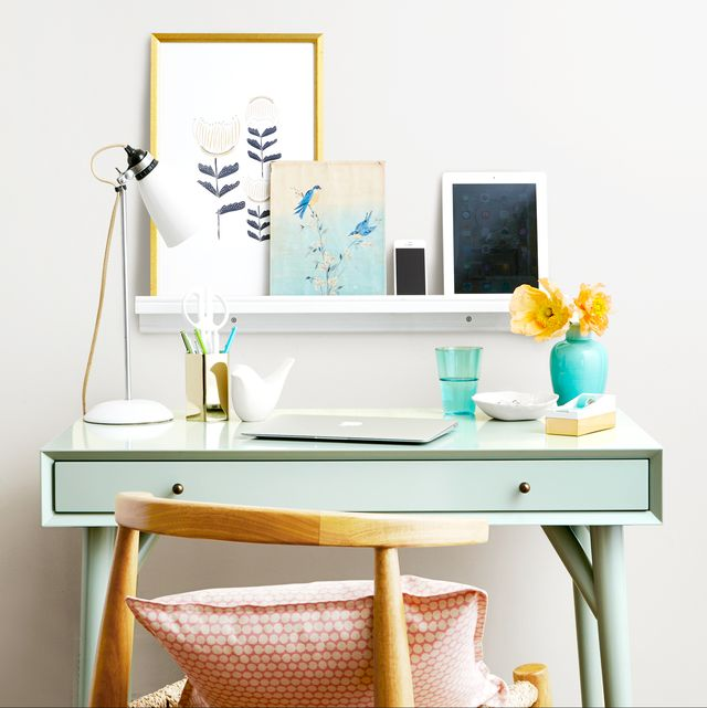 18 Easy Desk Organization Ideas - How to Organize Your Home Offi