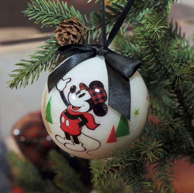 26 DIY Disney Christmas Decorations - Best Disney Christmas Ornamen
