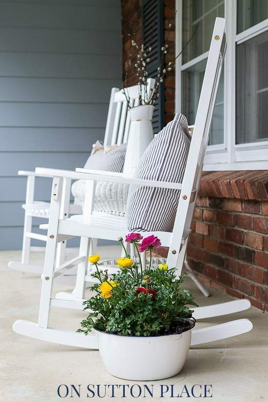 Spring Farmhouse Porch - On Sutton Place | Front porch decorating .