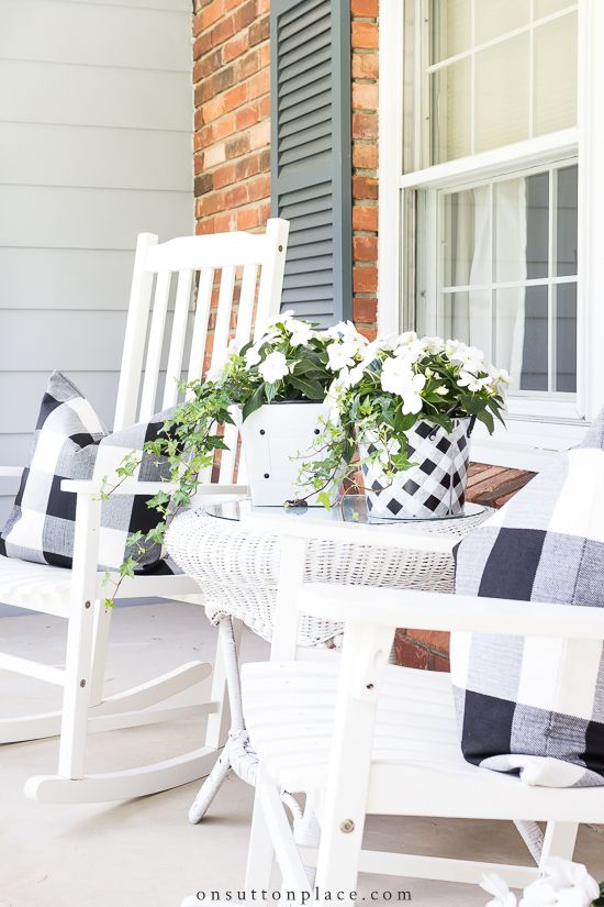 Black and White on the Front Porch | Summer porch decor, Front .