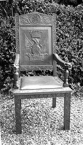 Elbow Chair Ideas