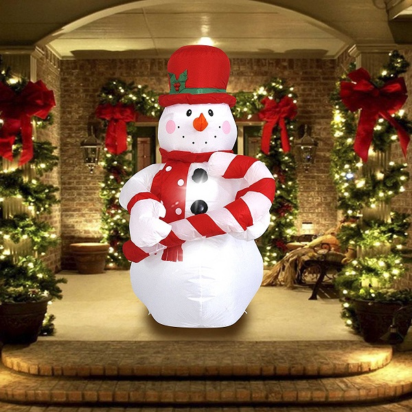 21 Best Inflatable Outdoor Christmas Decorations 2020 • Absolute .