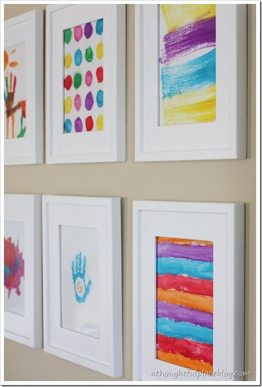 Kids' art gallery wall ~ in hallway between kids' rooms | Art .