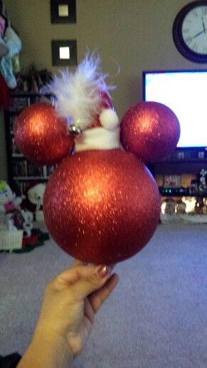 Pin by penny vigil on Christmas ideas | Disney christmas tree .