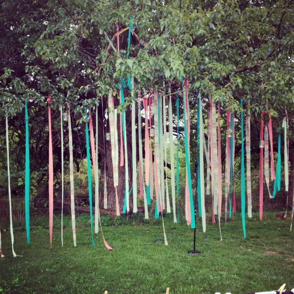 decorating. a pretty outdoor wedding. | Fun wedding decor, Wedding .