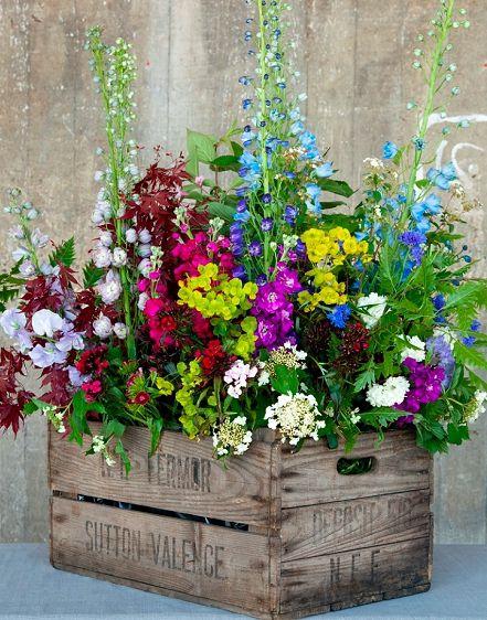 20 Amazing DIY Outdoor Planter Ideas To Make Your Garden Wonderful .