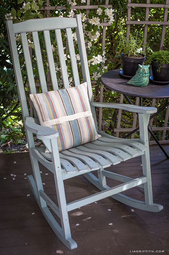 DIY Vintage Painted Rocking Chairs | Painted rocking chairs .