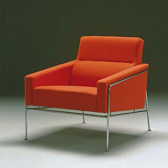 Arne Jacobsen Series 3300 Chairs and Sof