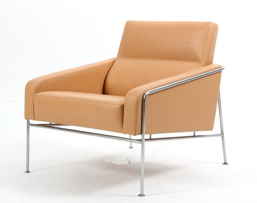 Vintage Series 3300 Natural Leather Armchair by Arne Jacobsen for .