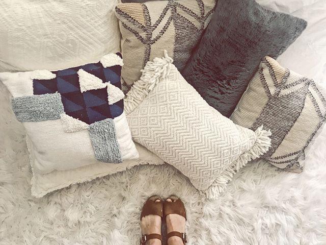 20 of the Best DIY Throw Pillow Ideas - The Sleep Jud