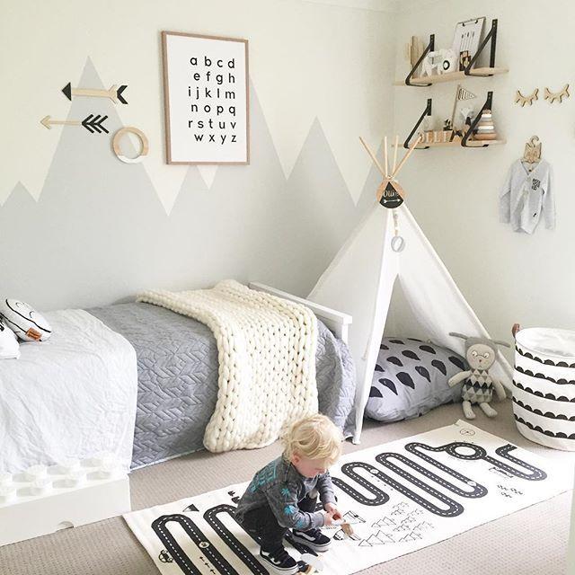 01 - Pared de detras de la cama | Big boy room, Boy toddler .