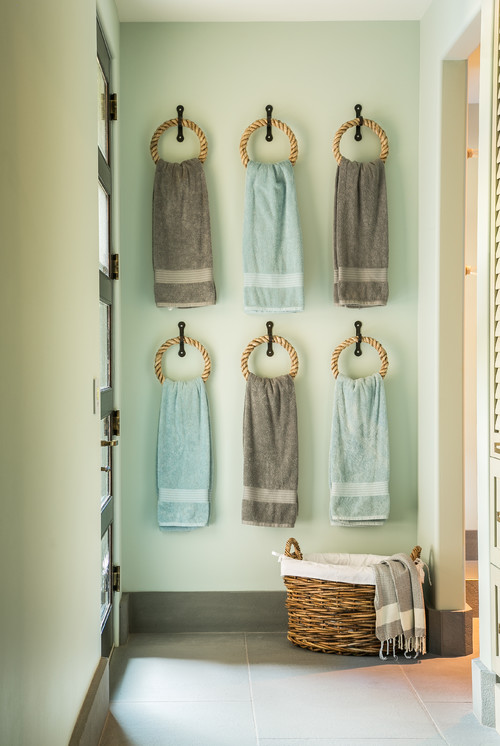 Towel Rack Ideas - Sensible Stylish Storage! • Queen Bee of Honey D