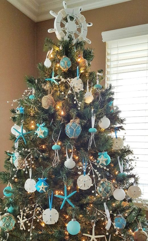 Coastal Christmas Tree Topper Ideas | DIY & Shop | Christmas tree .