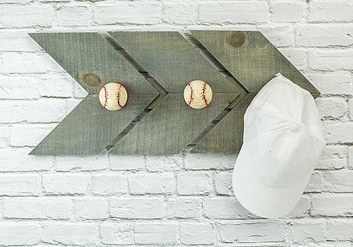 Vintage Baseball Hanging Rack - Project by DecoA