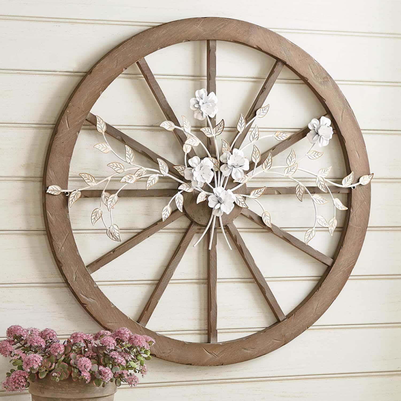 Wagon Wheel Wall Decor