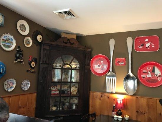 Wall decor - Picture of Wagon Wheel Restaurant, Gill - Tripadvis