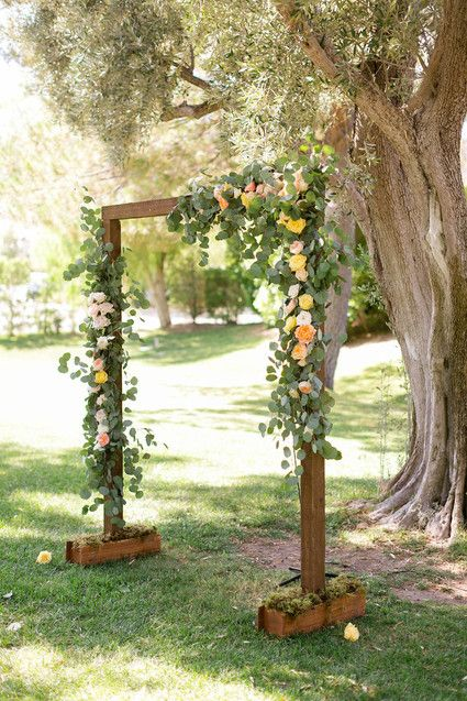 Rustic wedding altar | Wedding & Party Ideas | Diy wedding arch .