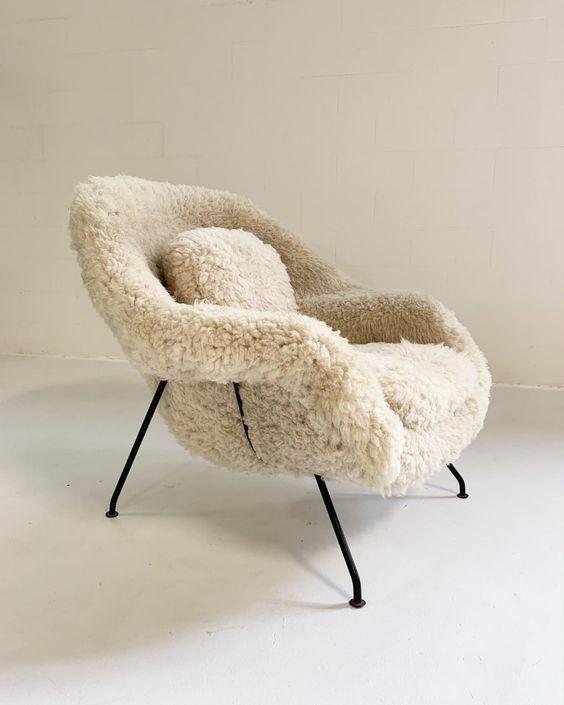 Saarinen Womb Chair | Saarinen womb chair, Womb chair, Modern .